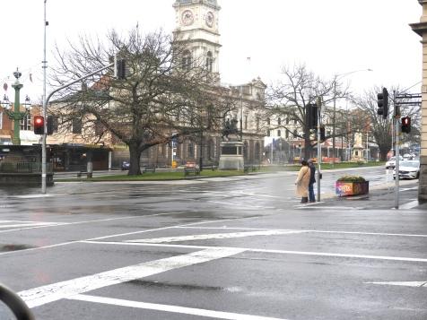 Ballarat Town Hall in the main street.